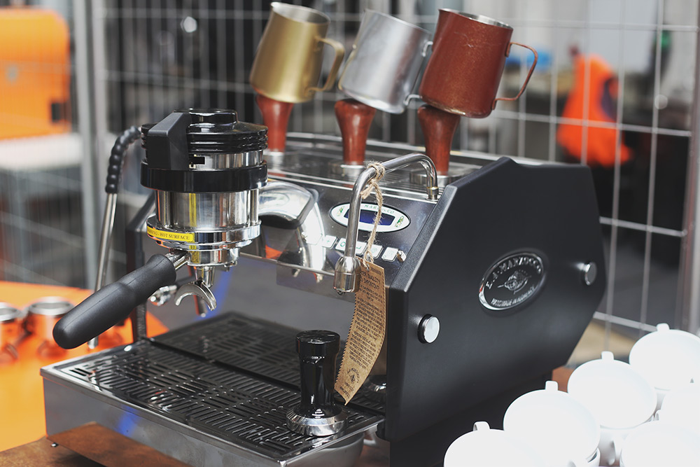 Single Origin Roasters - Throw at Single O - La Marzocco GS3